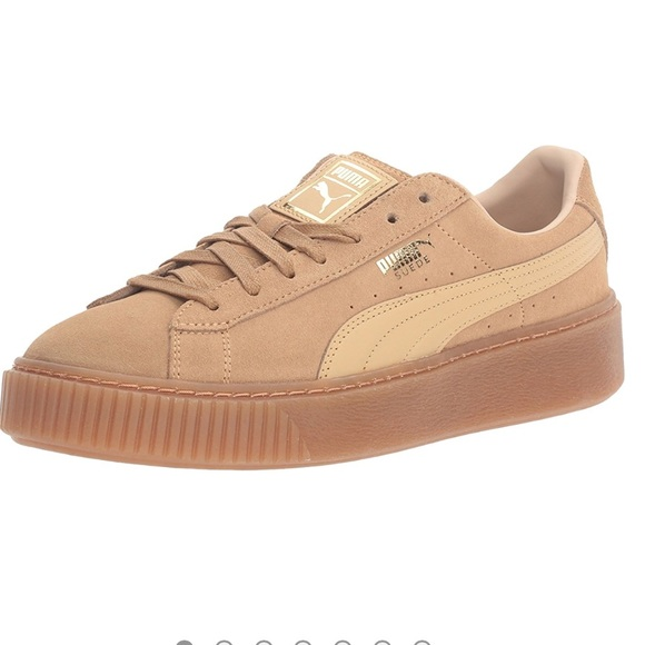 5c890acc21 Puma women's suede platform shoe Rihanna
